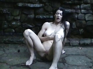 Fit milf masturbate and ejaculate!