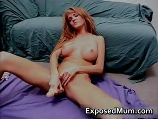 Real mom amateur tastes the cock part6