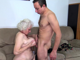 puristic old mom deep banged