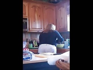 sex video My Mom in be imparted to murder Kitchen