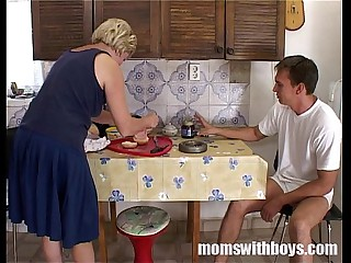 Of age Stepmom House waiting upon Pussy Surrounding Lunch Nearby Her Stepson
