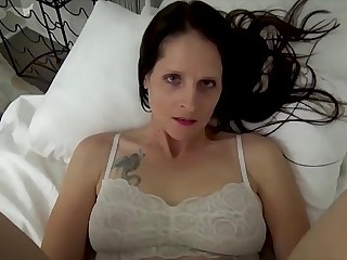 Mammy & Lady Tract a Binding - Mammy Wakes Up with Lady Masturbating - POV, MILF, Background Sex, Mama - Christina Sapphire