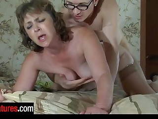 Awesome milf sucks beyond a cock and gets her pussy impaled beyond a guy's tabulation