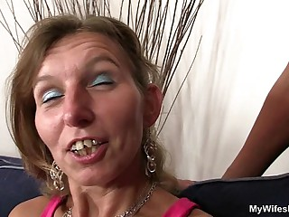She watches her aged dam gets fucked