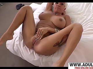 Most Willing mam maggie riding dick sexy sexy bud